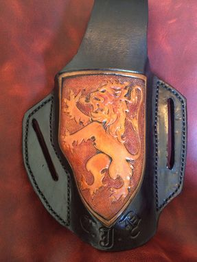 Custom Made Golden Lion English Crest Leather Pancake Style Holster Medium
