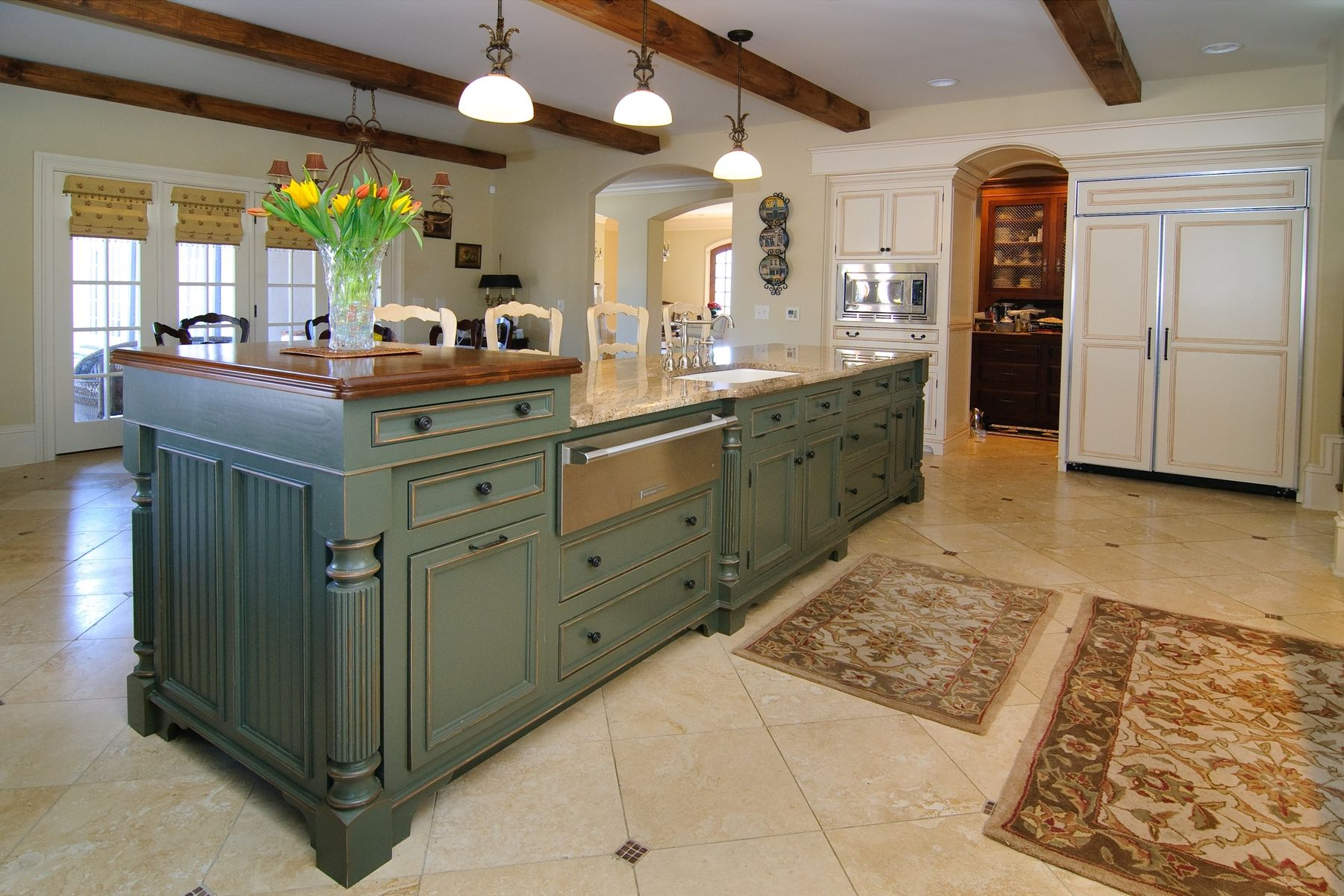 Kitchen island custom designs - Custom Made Custom Kitchen Island