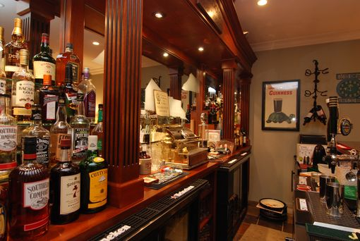 Custom Made Cathal's Dog House - Home Bar