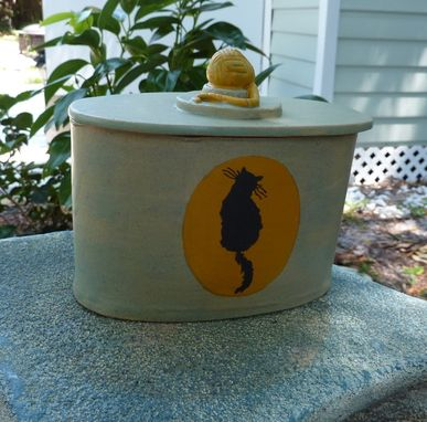 Custom Made Cat Cremation Urn With Cat Silhouette
