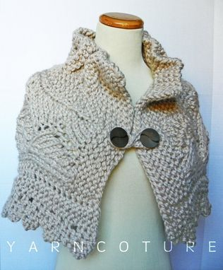 Custom Made The Lace Capelet / In Oatmeal / Fall Winter Fashion / Luxury Cape - Sweater
