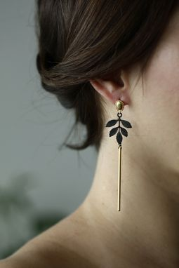 Custom Made Noir Leaf Earrings - Black And Gold