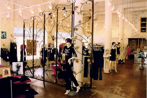 Custom Made Women's Clothing Store On Lincoln Rd(Miami Beach)