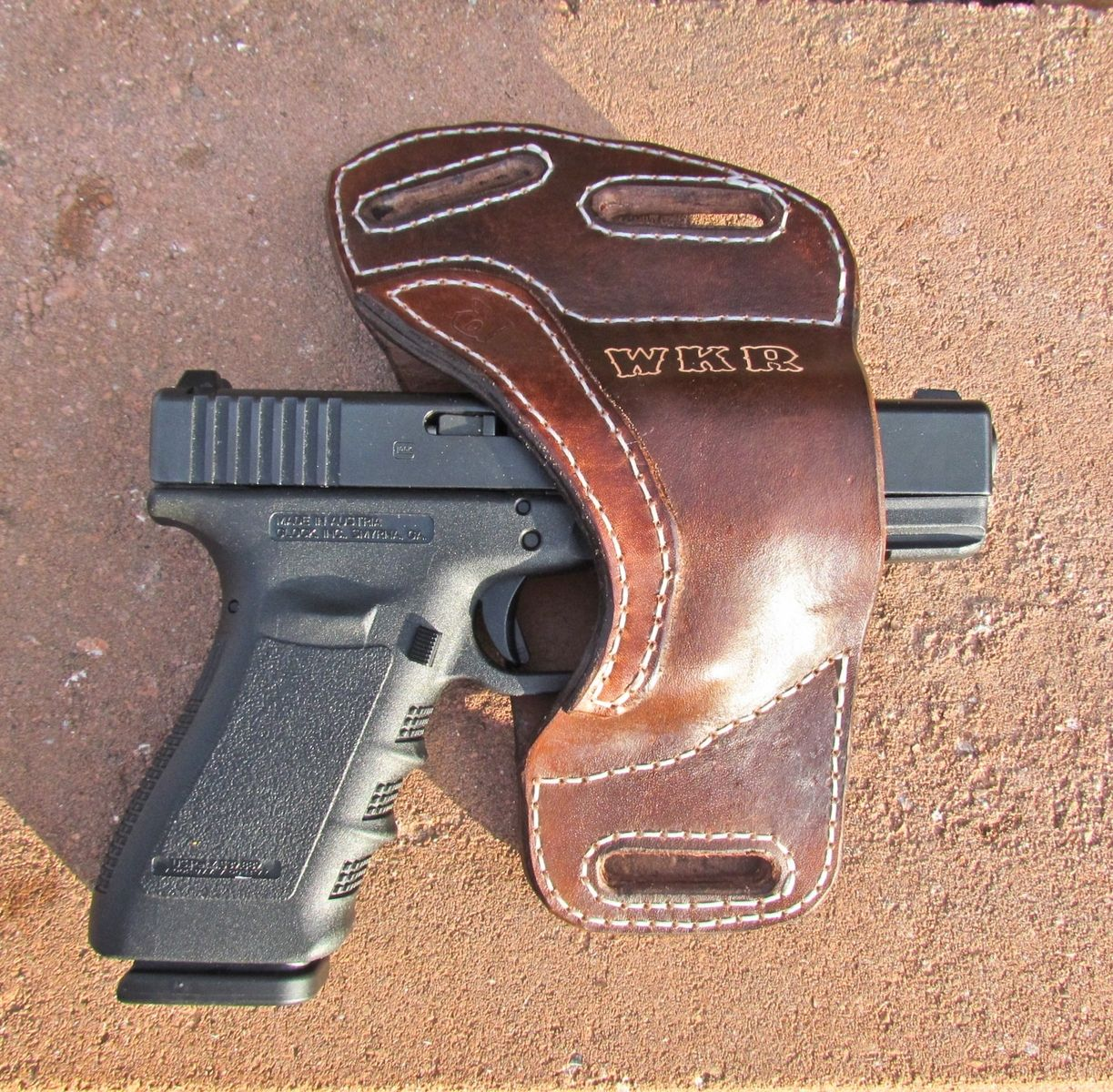 custom personalized leather gun holster by ozark mountain leather