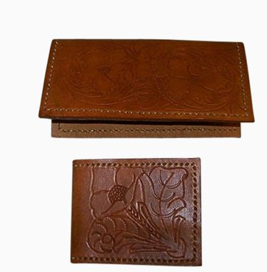 Custom Made Leather Gift Set With Wallet And Checkbook Cover