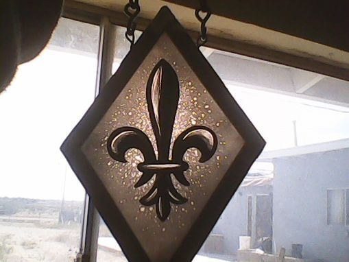 Custom Made Heraldic Lily Or Fleur De Lis,Stained Glass, Glass Painting,Heraldic Glass Art,Home Decor