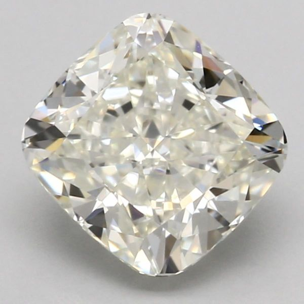 L Color Cushion Cut Diamond