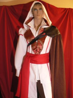 Custom Made Assassin's Creed Ezio Costume