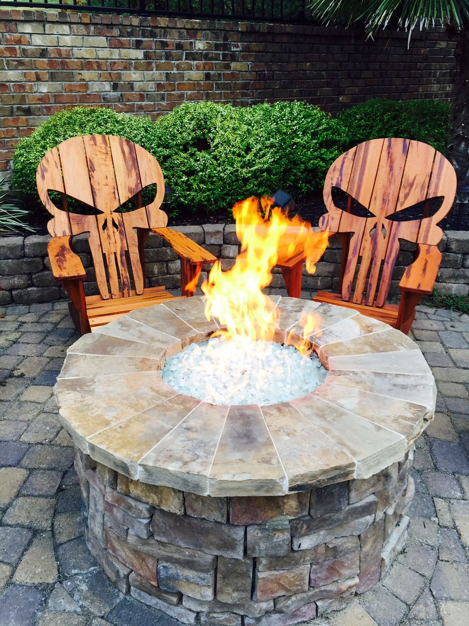 Black skull chair - Custom Made Punisher Skull Adirondack Chair