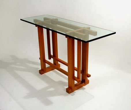 Custom Made Structure Entry Table