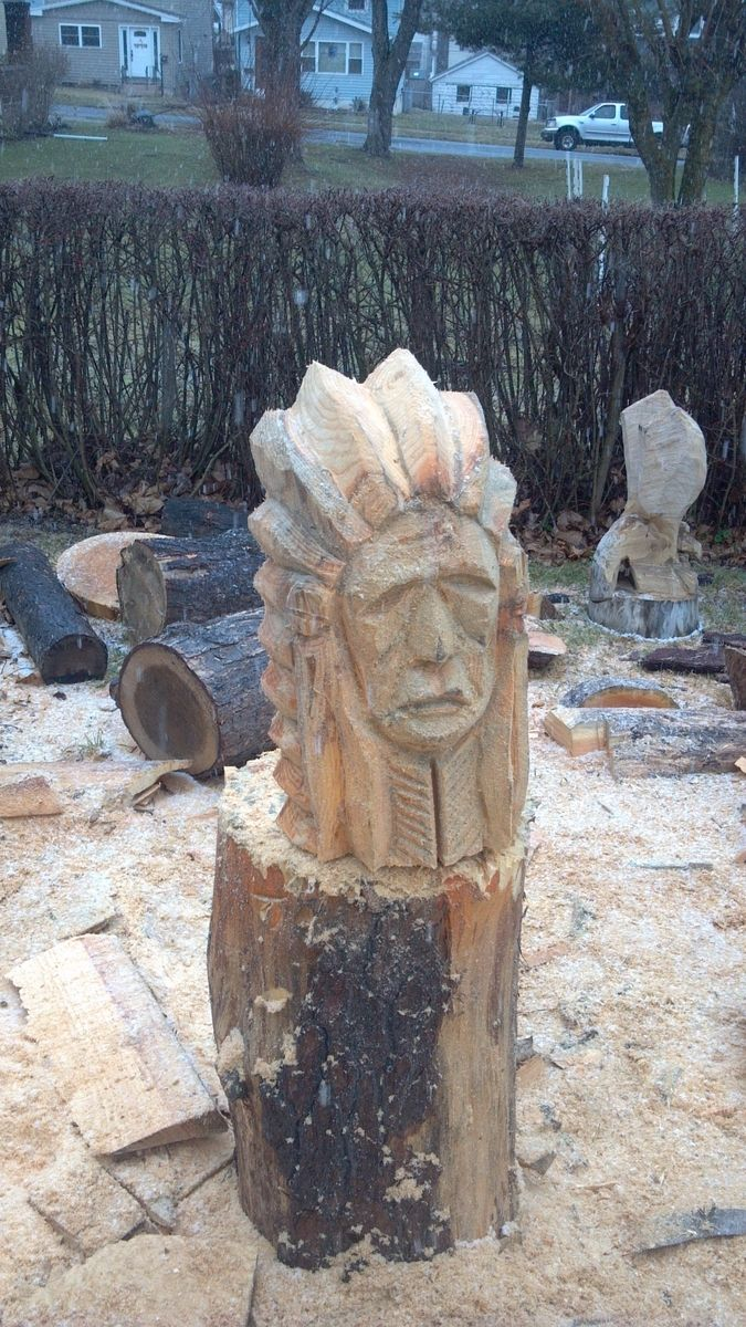Handmade indian chief bust chainsaw sculpture by parrish