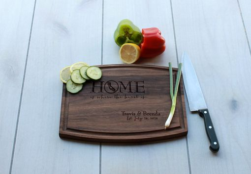 Custom Made Personalized Cutting Board, Engraved Cutting Board, Custom Wedding Gift – Cba-Wal- Travisbrenda