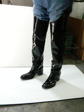 f6ad77fb1a0 ... Custom Made Black Glossy Patent Leather Boots Outside 32¨Tall Inside 26¨ Tall ...