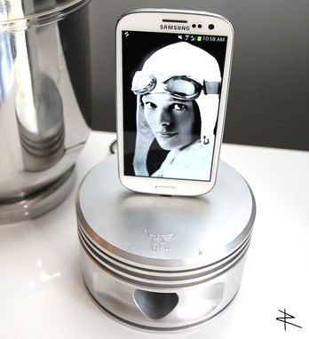 Custom Made Wwii Radial Engine Charging Dock For Samsung Galaxy S3